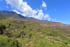 Costruzioni di residenza pieghe tibetane tradizionali in un villaggio ben conservato, villaggio tibetano di Jiaju, Danba, Sichuan Immagine Stock Libera da Diritti