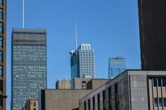 Costruzioni moderne del condominio ed i grattacieli alti di affari Immagine Stock Libera da Diritti
