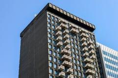 Costruzioni moderne del condominio a Montreal del centro Immagini Stock
