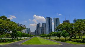 Costruzioni moderne a Manila, Filippine immagine stock