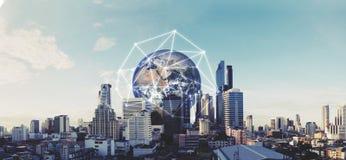 Costruzioni moderne nella capitale con il collegamento di rete globale Gli elementi di questa immagine sono forniti dalla NASA Immagini Stock Libere da Diritti