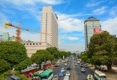 Costruzioni moderne a Rangoon del centro Fotografia Stock