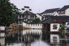 Costruzioni nella città dell'acqua di Tongli Fotografia Stock Libera da Diritti