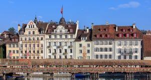 Costruzioni nella vecchia città di Lucerna Fotografia Stock Libera da Diritti