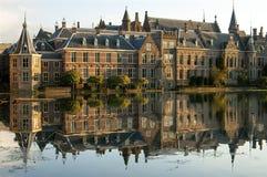 Costruzioni olandesi di governo, città L'aia Fotografia Stock Libera da Diritti