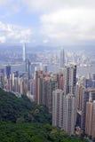 Costruzioni strettamente imballate nella metropoli dell'isola di Hong Kong Fotografia Stock