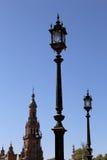 Costruzioni sul Famous Plaza de Espana - quadrato spagnolo in Siviglia, Andalusia, Spagna Fotografia Stock