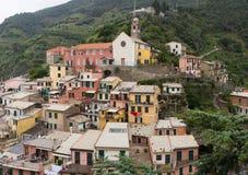 Costruzioni variopinte in Vernazza Fotografie Stock Libere da Diritti