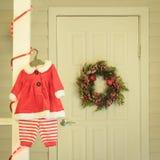 Costume infantile di Natale della neonata Fotografie Stock