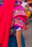 Costume piega tradizionale dall'Ecuador, Sudamerica, donna indigenuous Fotografie Stock