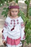 costume3女孩乌克兰语 免版税库存照片