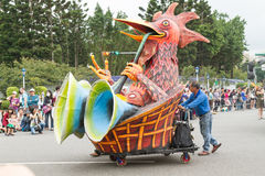 Costumed revelers march with floats in the annual Dream Parade o Royalty Free Stock Photos