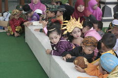 COSTUMES CHILDREN IN DAY CELEBRATION KARTINI Stock Images