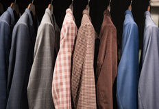 Costumes d'hommes photographie stock