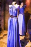 Costumi originali degli attori e dei puntelli dal ` The Game di film del ` dei troni nei locali del museo marittimo di Barcellona Immagine Stock