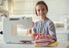 Costura da criança Fotos de Stock