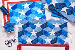 Costura da edredão com elementos estilizados da bandeira americana Fotografia de Stock Royalty Free