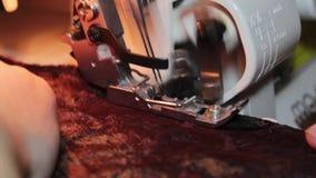 Costura en el machin de costura almacen de video