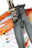 Costura en una cremallera Fotografía de archivo libre de regalías