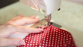 Costureira Woman Sews Clothes video estoque
