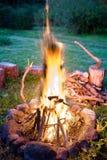 cosy пожар стоковое изображение rf