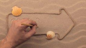 Cote d ` azur inskrypcja pisać ręką na piasku, w pointerze robić od arkany zbiory wideo