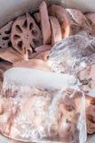 Cotogno del bengala indiano della frutta tropicale con il cubetto di ghiaccio Fotografie Stock