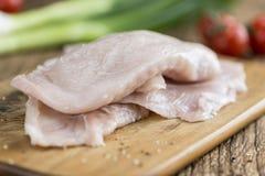 Cotoletta cruda del pollo Fotografia Stock Libera da Diritti