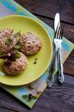 Cotolette del pollo con le verdure e la crusca Fotografie Stock