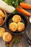 Cotolette vegetariane con cavolo e la carota Immagini Stock