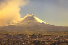 Cotopaxi, la seconda più alta sommità nell'Ecuador Fotografia Stock