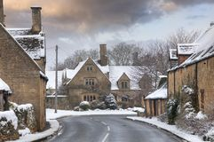 Cotswold village in snow Royalty Free Stock Photography