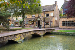 Cotswolds R-U Photos stock