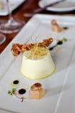 Cotta blanc de Panna de poireau avec des échalotes Images stock