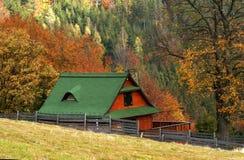 Cottage in autunno Immagine Stock Libera da Diritti