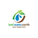 Cottage avec le logo de l'eau Photos libres de droits