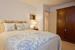 Cottage bedroom Royalty Free Stock Images