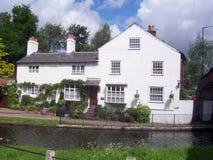 Cottage bianco Fotografia Stock