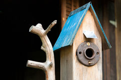 Cottage Birdhouse Royalty Free Stock Photos