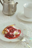 Cottage cheese baked pudding with raspberry topping Royalty Free Stock Photos