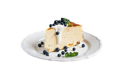 Cottage cheese baked pudding, sour cream and blueberries  isolat Royalty Free Stock Image