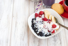 Cottage cheese with berries, smoothies and coffee for breakfast Royalty Free Stock Photography