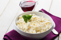 Cottage cheese in bowl Royalty Free Stock Photography