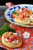Cottage cheese cream tarts with berries and fruits Royalty Free Stock Photos