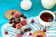 Cottage cheese with fruit Stock Photography