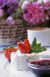 Cottage cheese with jam & strawberries Royalty Free Stock Photography