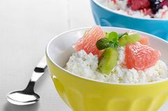 Cottage cheese with kiwi and grapefruit Stock Image