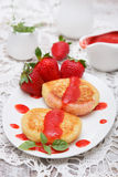 Cottage cheese pancake with strawberry Stock Photography