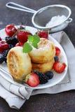 Cottage cheese pancakes (cheesecakes) Royalty Free Stock Photos