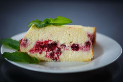 Cottage cheese pie with berries Stock Photography